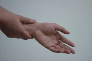 Pain in the wrist from arthritis